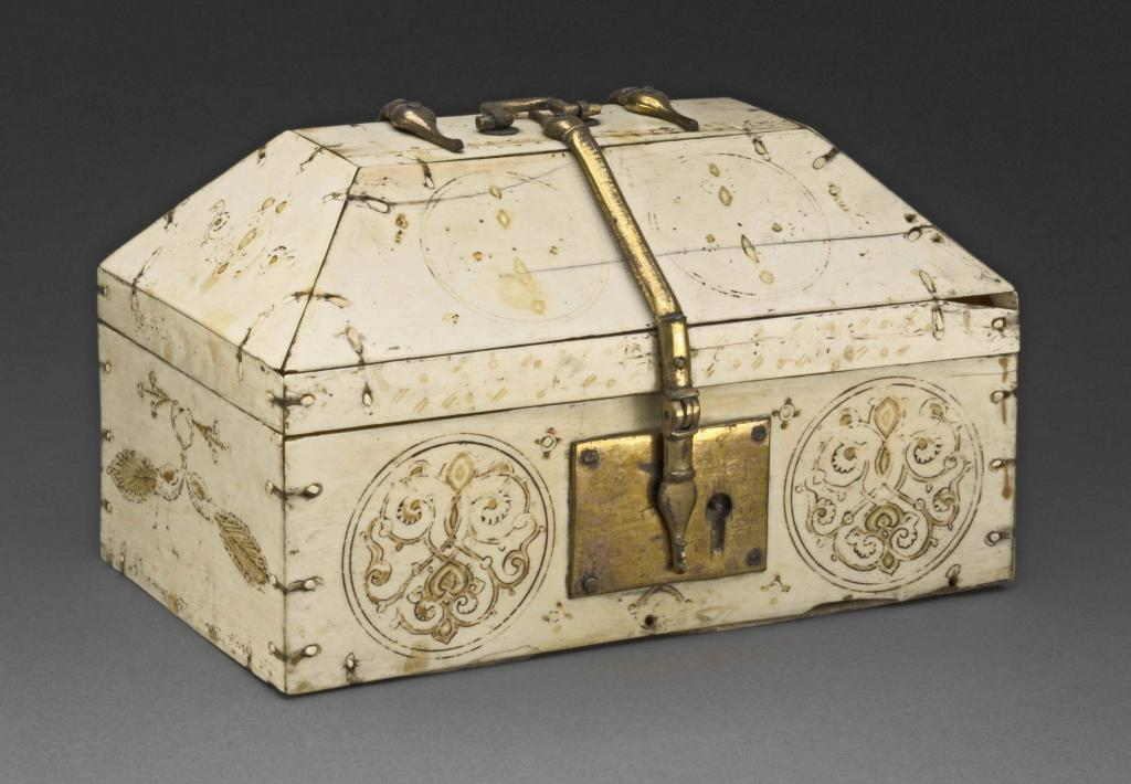 Artskop-Caravans-of-Gold-Casket-Modern-contemporary-african-art-block-museum-of-art