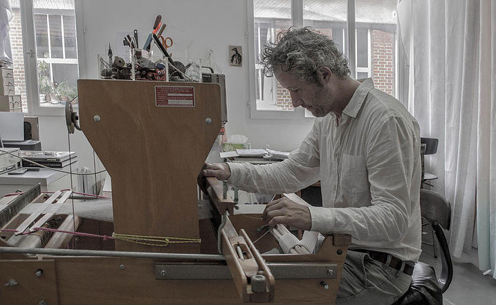 Côme Touvay in his Atelier in Massignac. © Atelier le Grand Village.