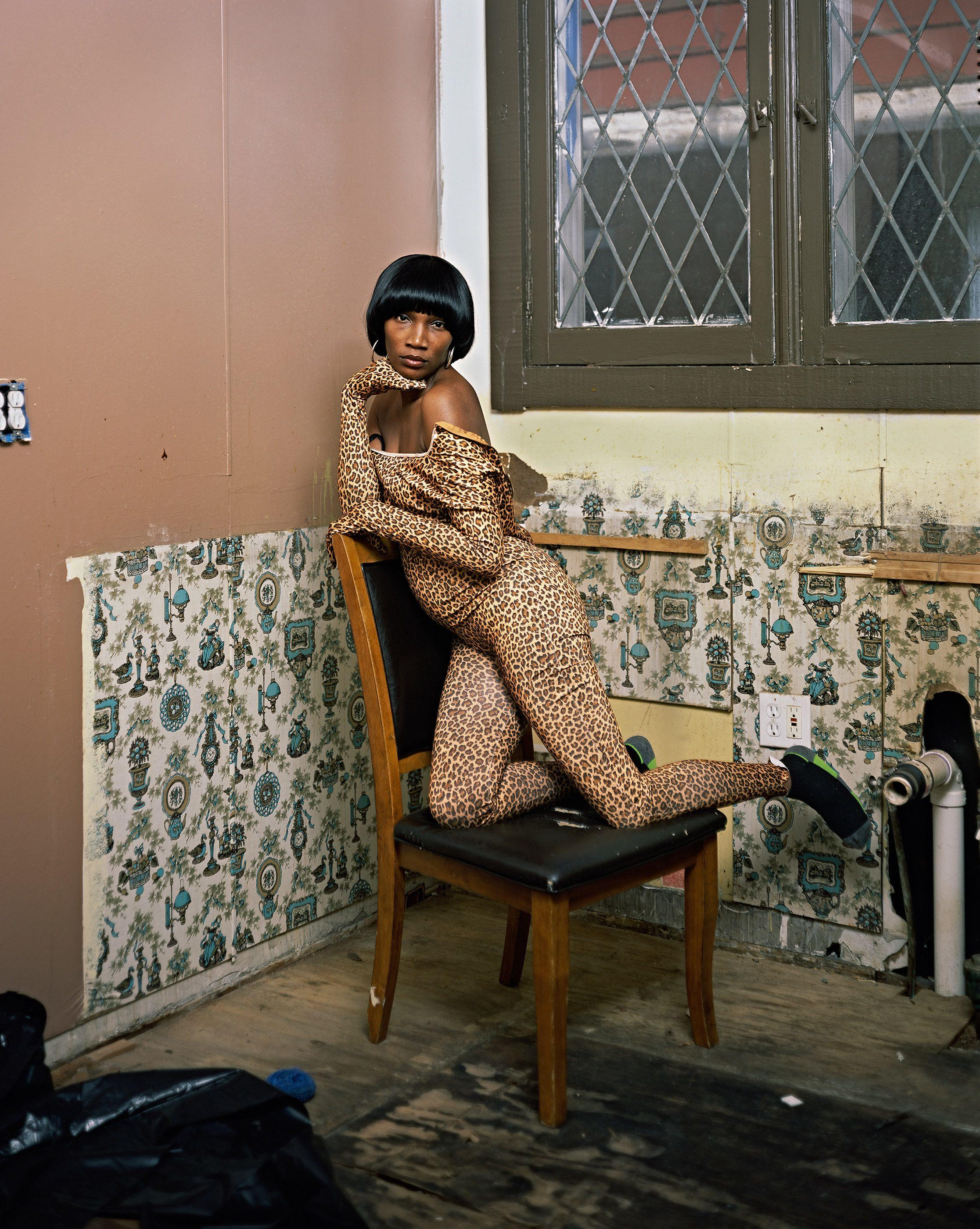 Deana Lawson, Nikki's Kitchen, 2015. © Cpyright the artist