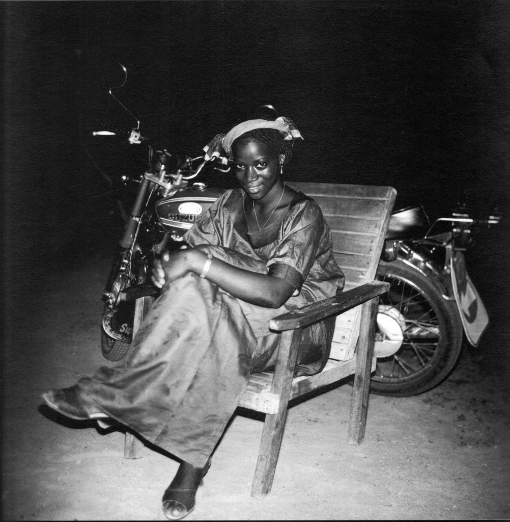 Mory Bamba Femme assise, circa 1960 Photograph signed  30 x 30 cm courtesy  Collection Blachère. Photo credit Mory Bamba.